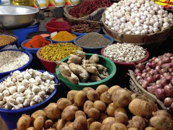 Bangladesh: Night market seasonings and veggies