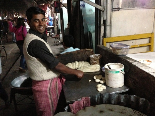 Bangladesh: Roti vendor